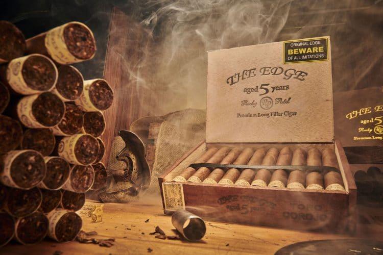 Cigar Rocky Patel Edge Corojo 2