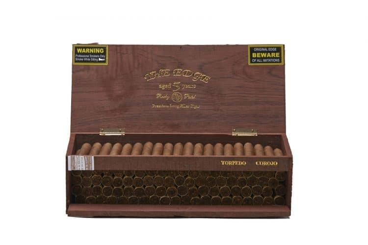 Cigar Rocky Patel Edge Corojo 8