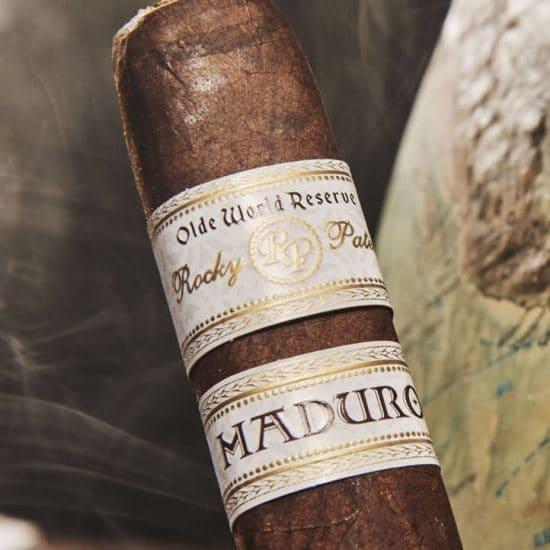 Cigar Rocky Patel Olde World Reserve Corojo Maduro 11