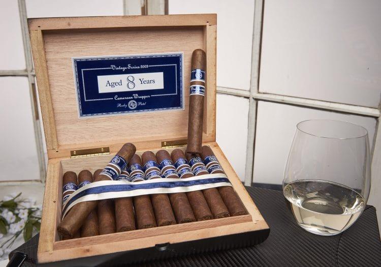 Cigar Rocky Patel Vintage 2003 22