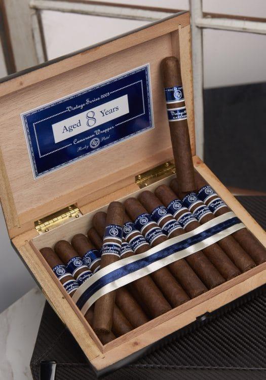 Cigar Rocky Patel Vintage 2003 28