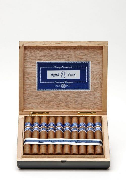 Cigar Rocky Patel Vintage 2003 8