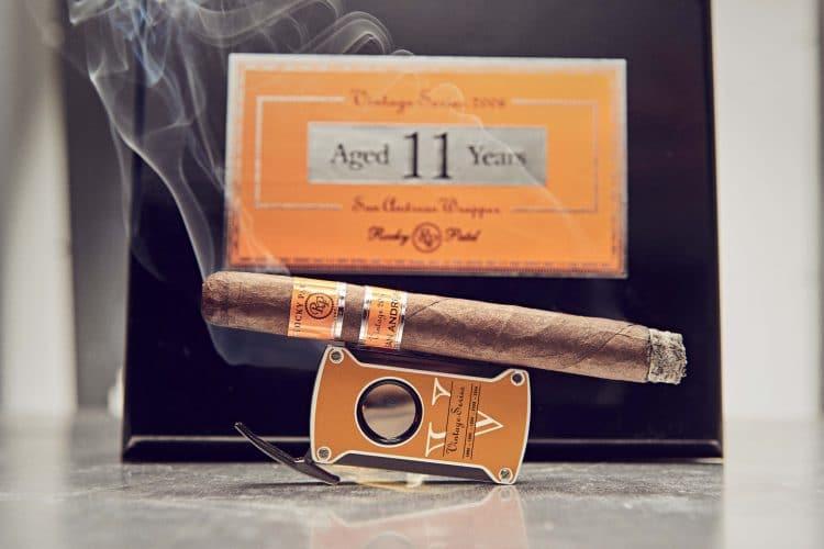 Cigar Rocky Patel Vintage 2006 14