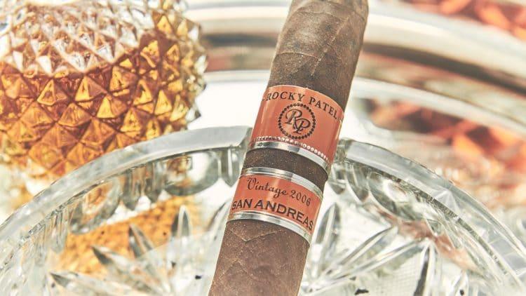 Cigar Rocky Patel Vintage 2006 4