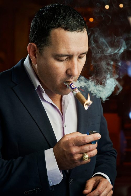Cigar-Roller-Hamlet-Paredes-portrait